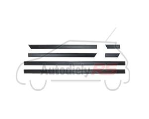 Ozdobná lišta gumová Suzuki SWIFT